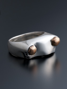 MAGICAL DESIGN / KRB RING (FRONT)