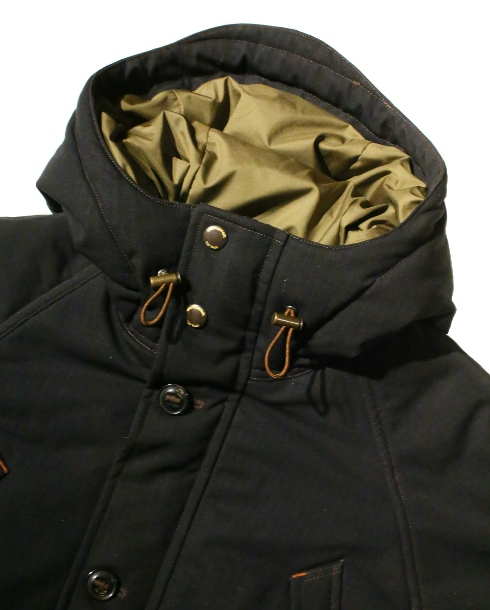 LOST CONTROL / HOODED PADDING JACKET (BK)