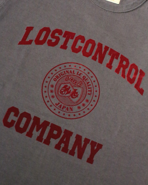 LOST CONTROL / GRAPHIC TEE - LC COMPANY (DARK GRAY)