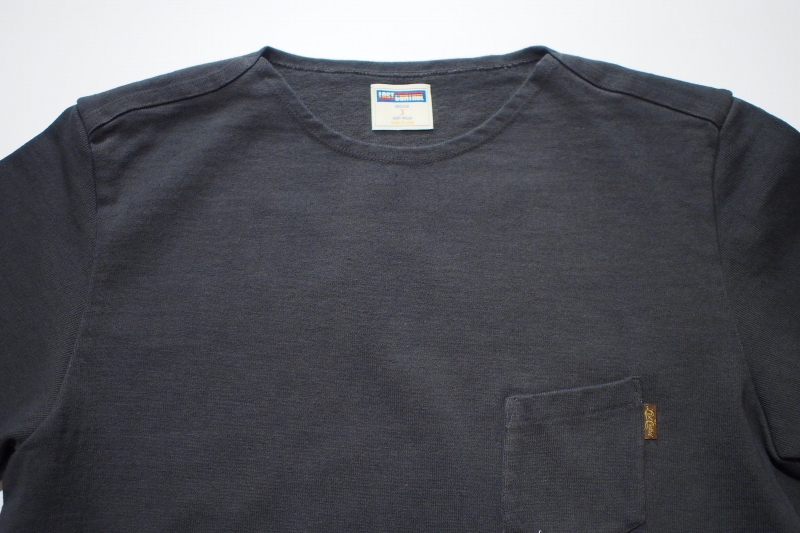 LOST CONTROL / FLAT NECK HEAVY TEE (BK)
