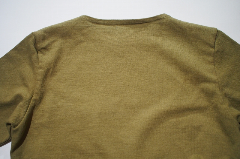 LOST CONTROL / FLAT NECK HEAVY TEE (OLIVE)