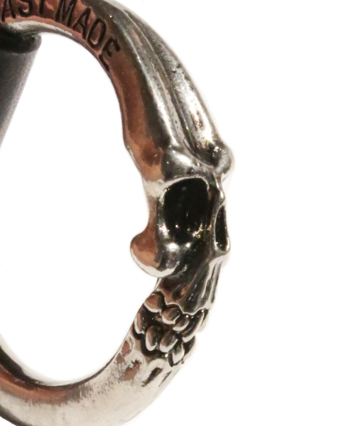 REVI CAST MADE / Skull Ring Key Holder