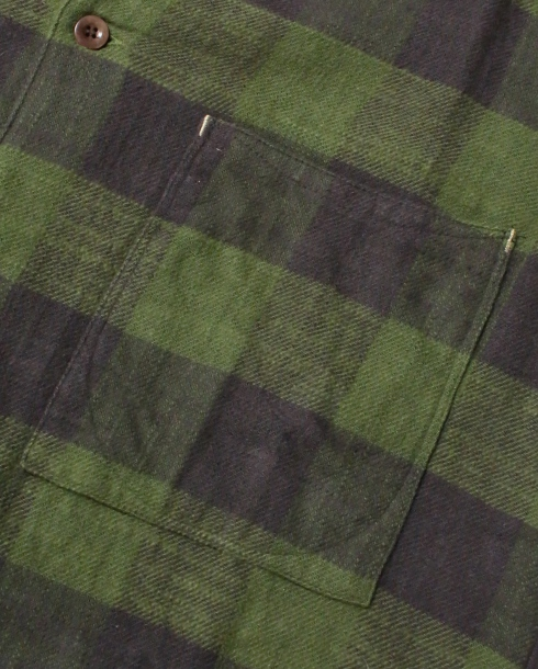 LOST CONTROL /SQUARE POCKET CHECK SHIRTS (GREEN)